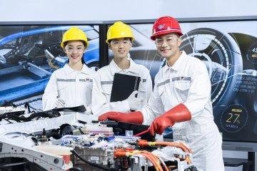 使用成本不断下降 新能源汽车行业发展可期